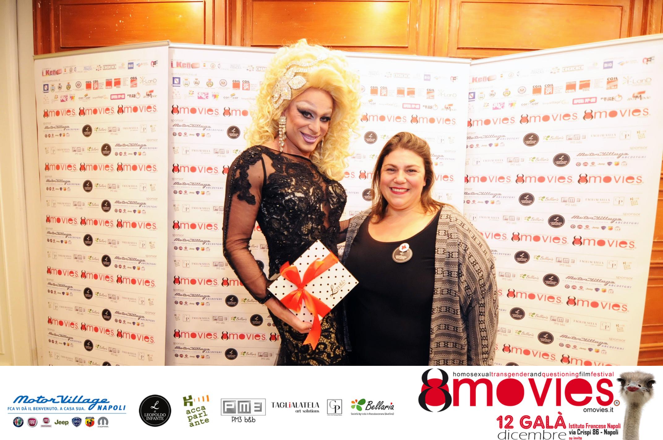Miss Priscilla Drag con Imma per Leopoldo Cafè Bar